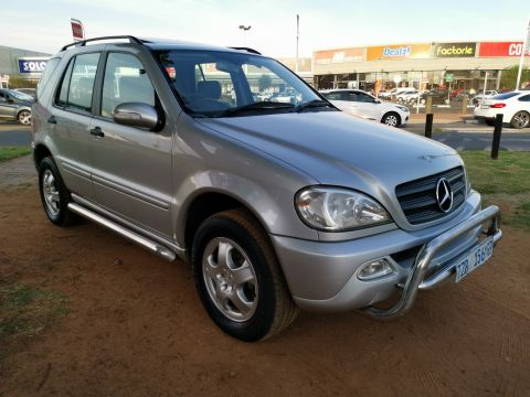 Mercedes-Benz - ML350