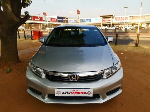 Honda - Civic 1.6 i-Vtec