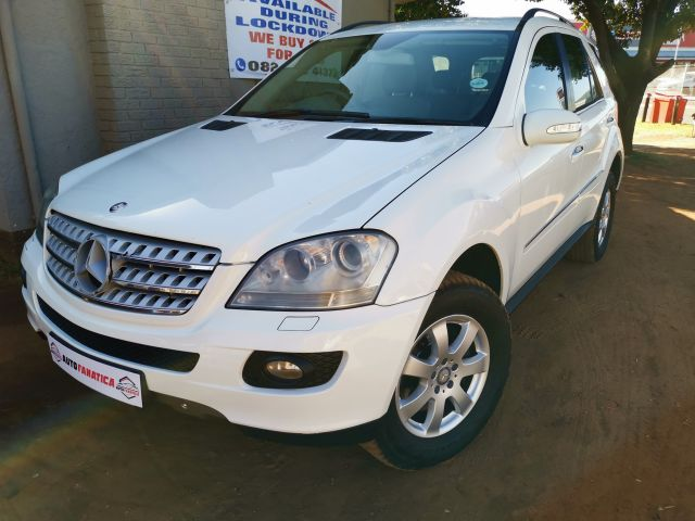 Mercedes-Benz - ML350 4MATIC
